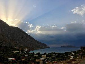 golful din Arginonta Valley, Kalymnos la apus