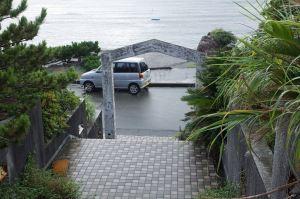 ホテル正面の階段