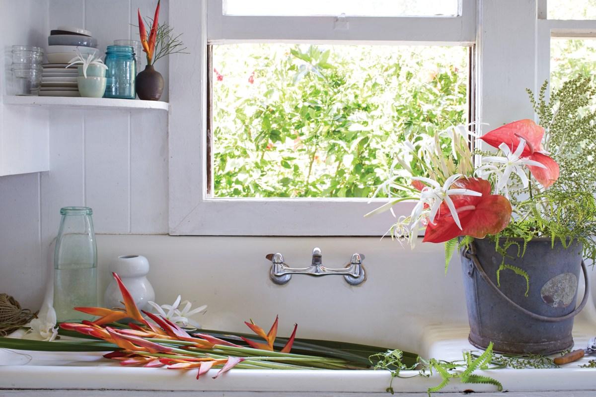 Paiko flower arrangements