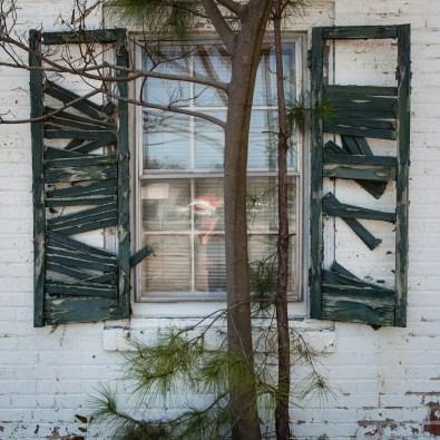 Abandoned Motor Lodge No. 6, Jefferson Davis Highway, Virginia, 2011