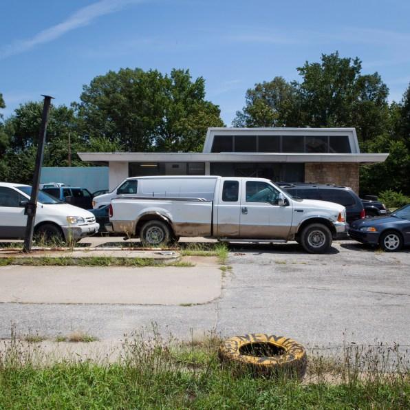 Car Repair Shop, Jefferson Davis Highway, Virginia, 2011