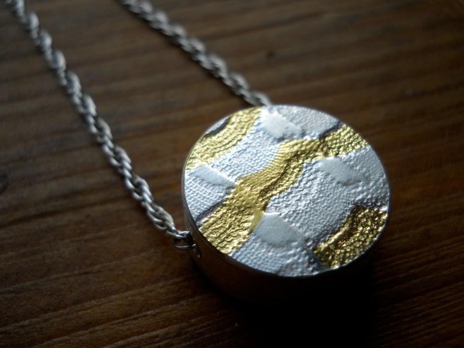 Hollow Keum Boo Pendant Silver 24K Gold