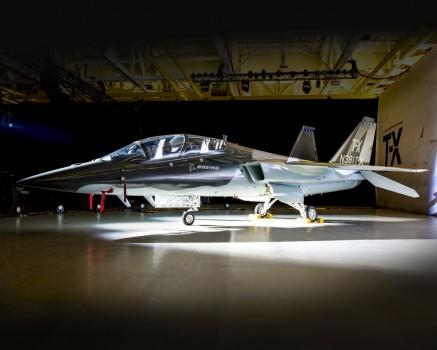 Boeing y Saab han presentado sus prototipos para el concurso del T-X, pero mantienen en secreto muchos detalles, incluido lo que hace cada una de ellas en el programa.