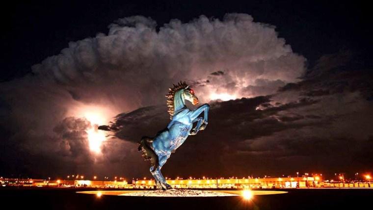 denver airport horse