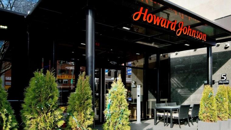 1. Howard Johnson Manhattan SOHO - (New York, NY) - Exterior