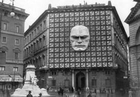 Las oficinas generales de Benito Mussolini y el Partido Nacional Fascista en Italia, 1934.