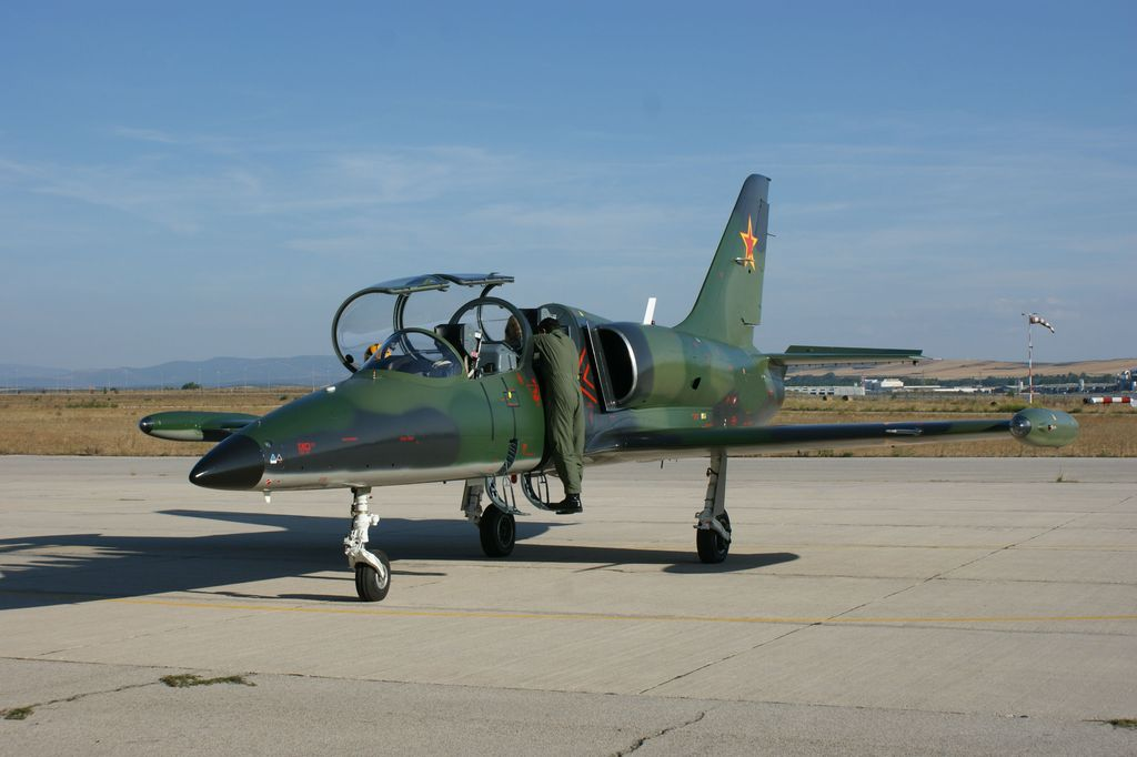 L39 Albatros Ride Fighter Jet Flight Spain  Flyfighterjet