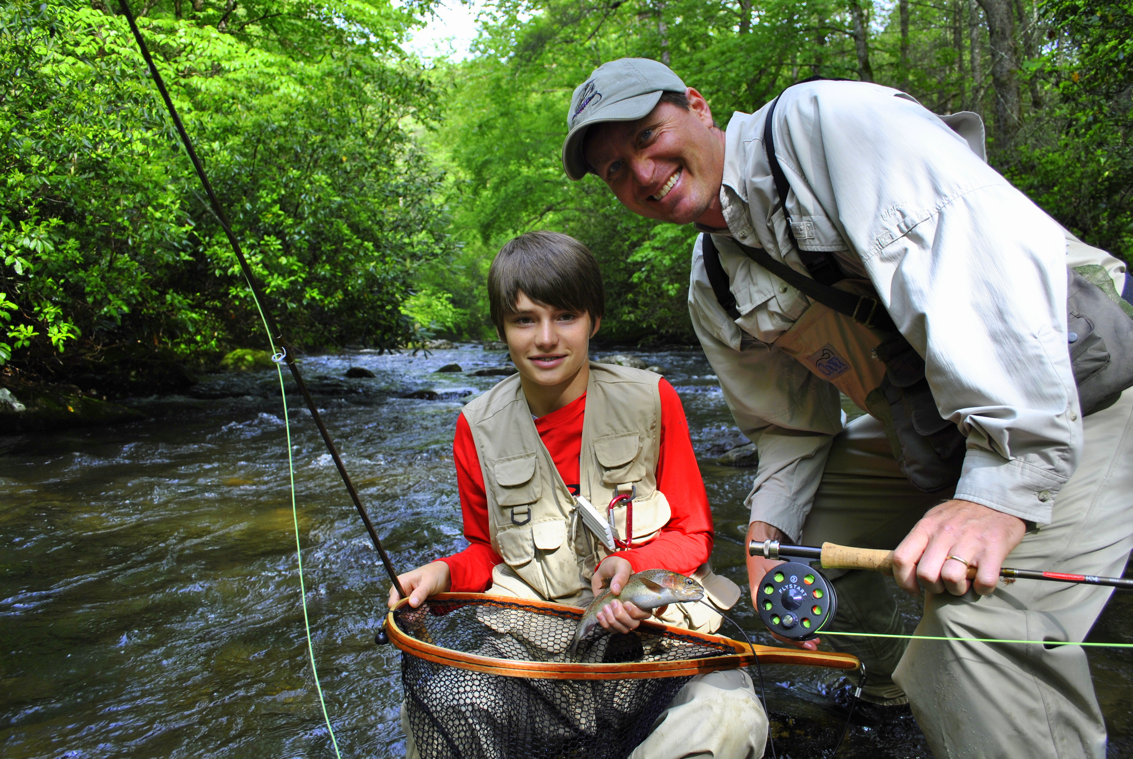 Kids guided fly fishing trips family fly fishing smoky for Fishing in gatlinburg tn
