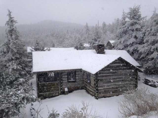 Mt leonte Lodge, Fly Fishing the Smokies, Mt Leconte snow, Mt Leconte Lodge Snow,