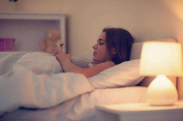 woman-sleep