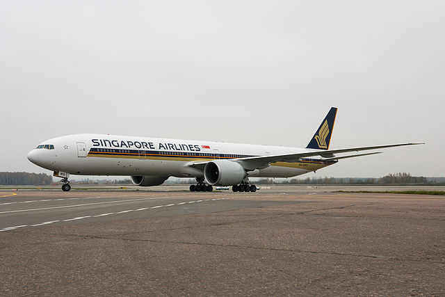640px-Singapore_Airlines_Boeing_777-312-ER