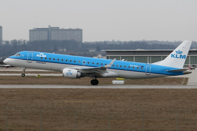 KLM_Cityhopper_E190_PH-EZA