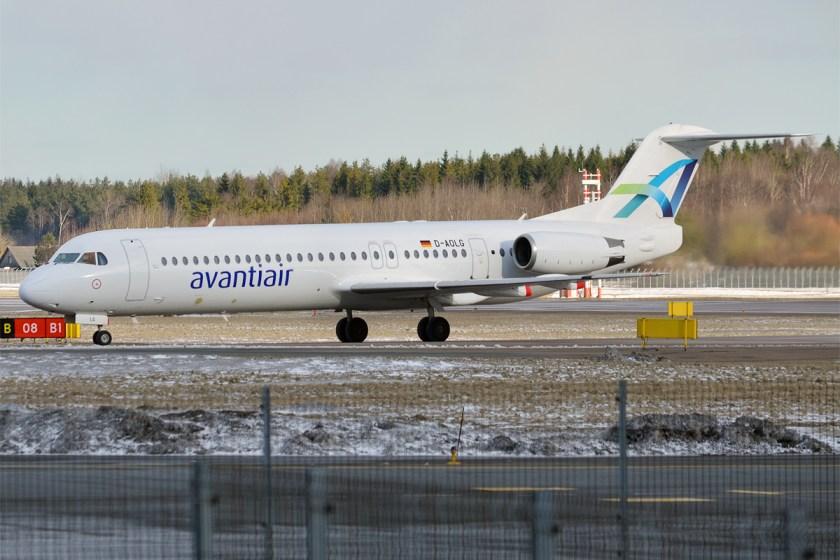 Avanti_Air,_D-AOLG,_Fokker_F100_(26009898772)