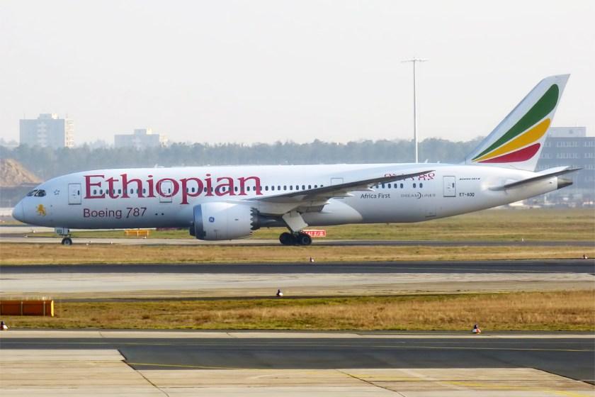 Ethiopian_Airlines,_ET-AOQ,_Boeing_787-8_Dreamliner_(16269070208)