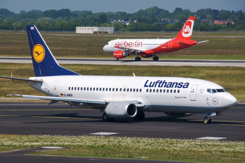 Lufthansa B737-300 D-ABEK