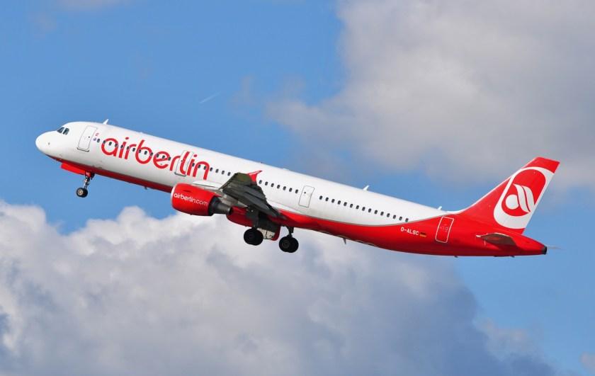 Air_Berlin_A321-211_D-ALSC
