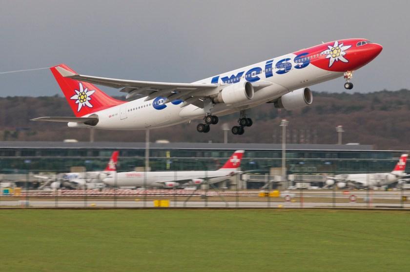 edelweiss_air_airbus_a330-200_hb-iqizrh10-03-2013_695ae_8546432162