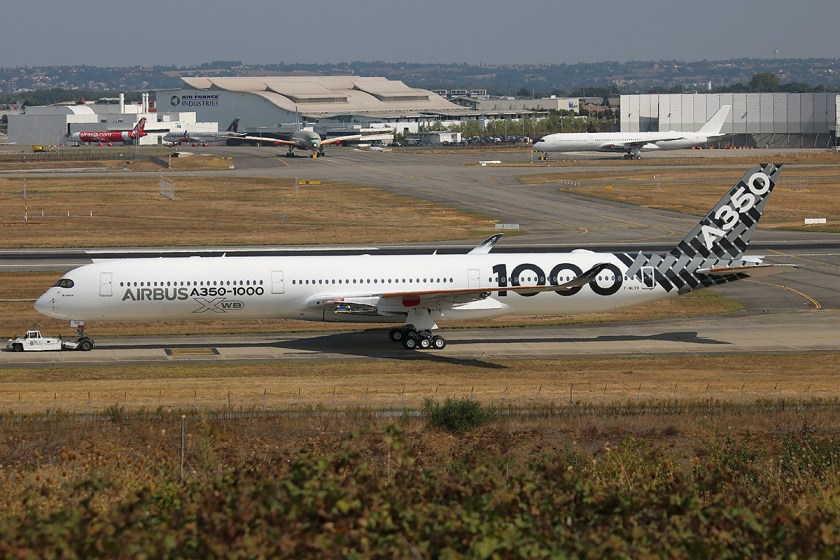 airbus_industrie_f-wlxv_airbus_a350-1000