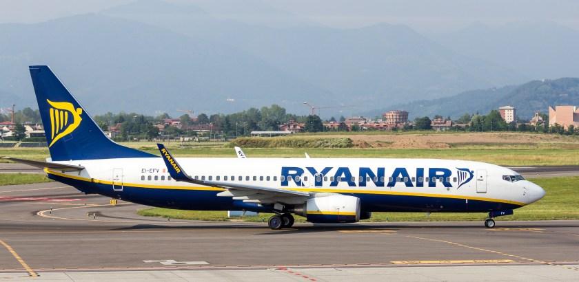 Ryanair - Boeing 737-800 - EI-EFV - Orio al Serio International