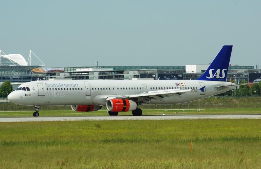 14-06-09_muc_sas_scandinavian_airlines_a321-200_ln-rkk