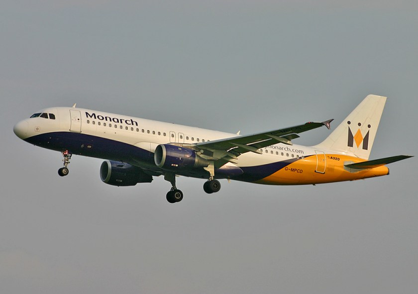 Airbus_A320-200_Monarch_Airlines_GLA