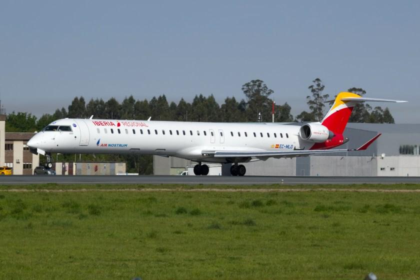 EC-MLO_CRJ1000_Air_Nostrum_SCQ