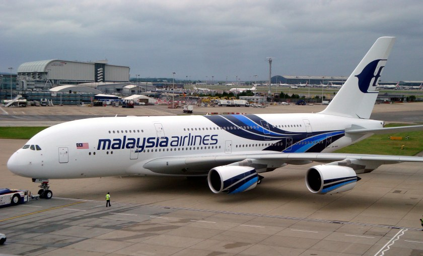Malaysia-airlines-a380-flies