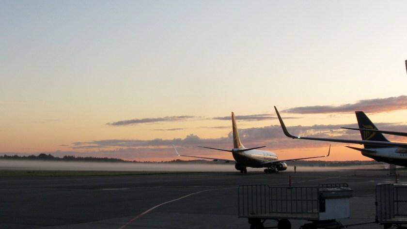 Ryanair_plane_at_Airport_Stockholm_Skavsta,_Sweden