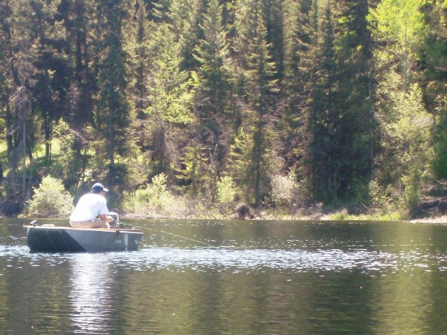 Best Fly Fishing Boats for BC Interior Stilwaters