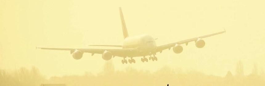 Emirates A380 Storm Landing at AMS
