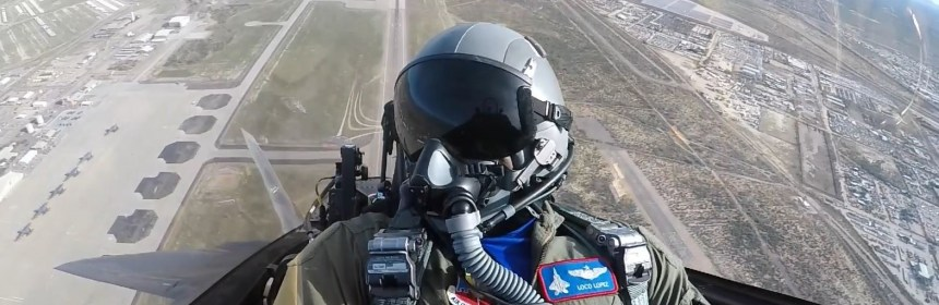 F-22 Raptor - Inside the Cockpit