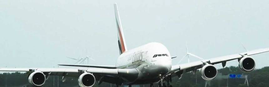 Emirates A380 Impressive Storm Landing at Amsterdam Airport