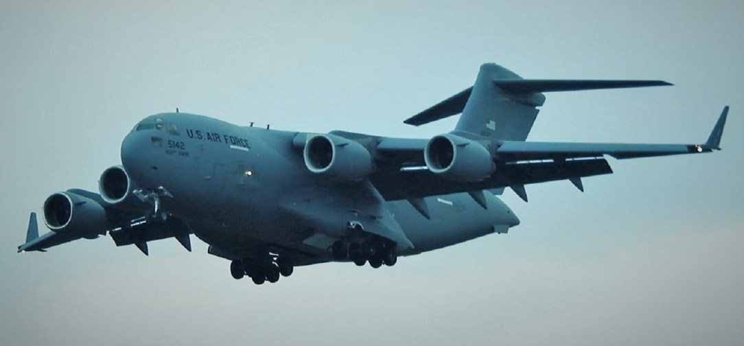 USAF C-17 Globemaster III performing an assault landing during Luchtmachtdagen 2019 at Volkel AB