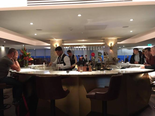 The island bar in the No1 Traveller Lounge Gatwick North terminal