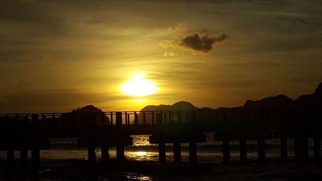 A closer LIO beach sunset
