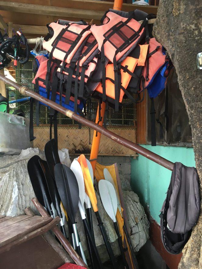 El Gordo's life jackets and paddles