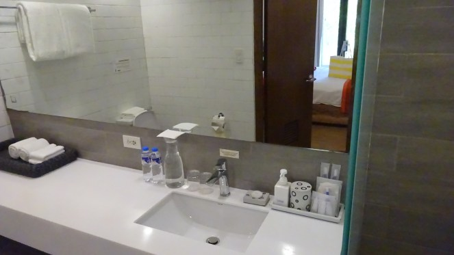Club Paradise Palawan - Bathroom