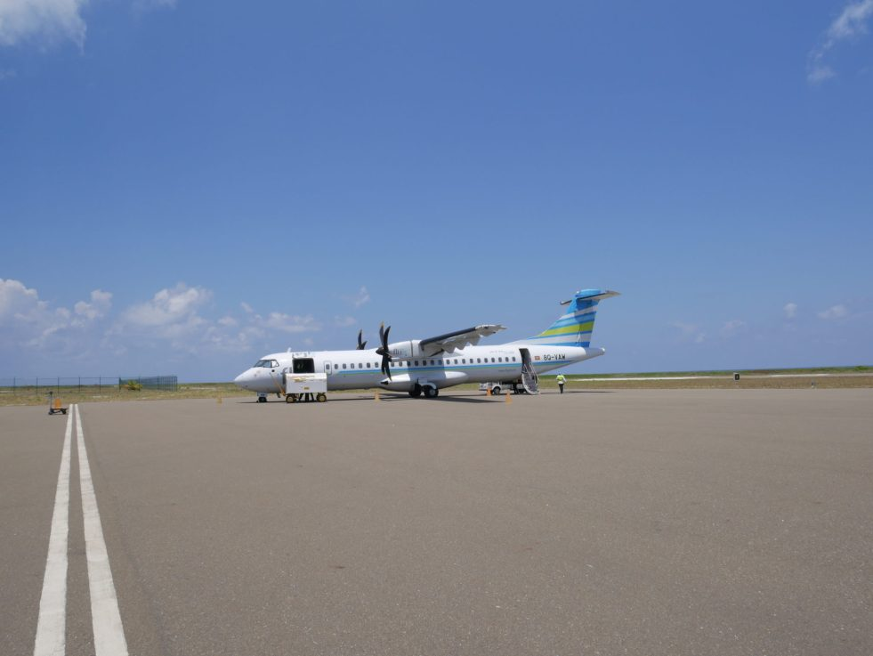 Flyme ATR 72-500 on the tarmac