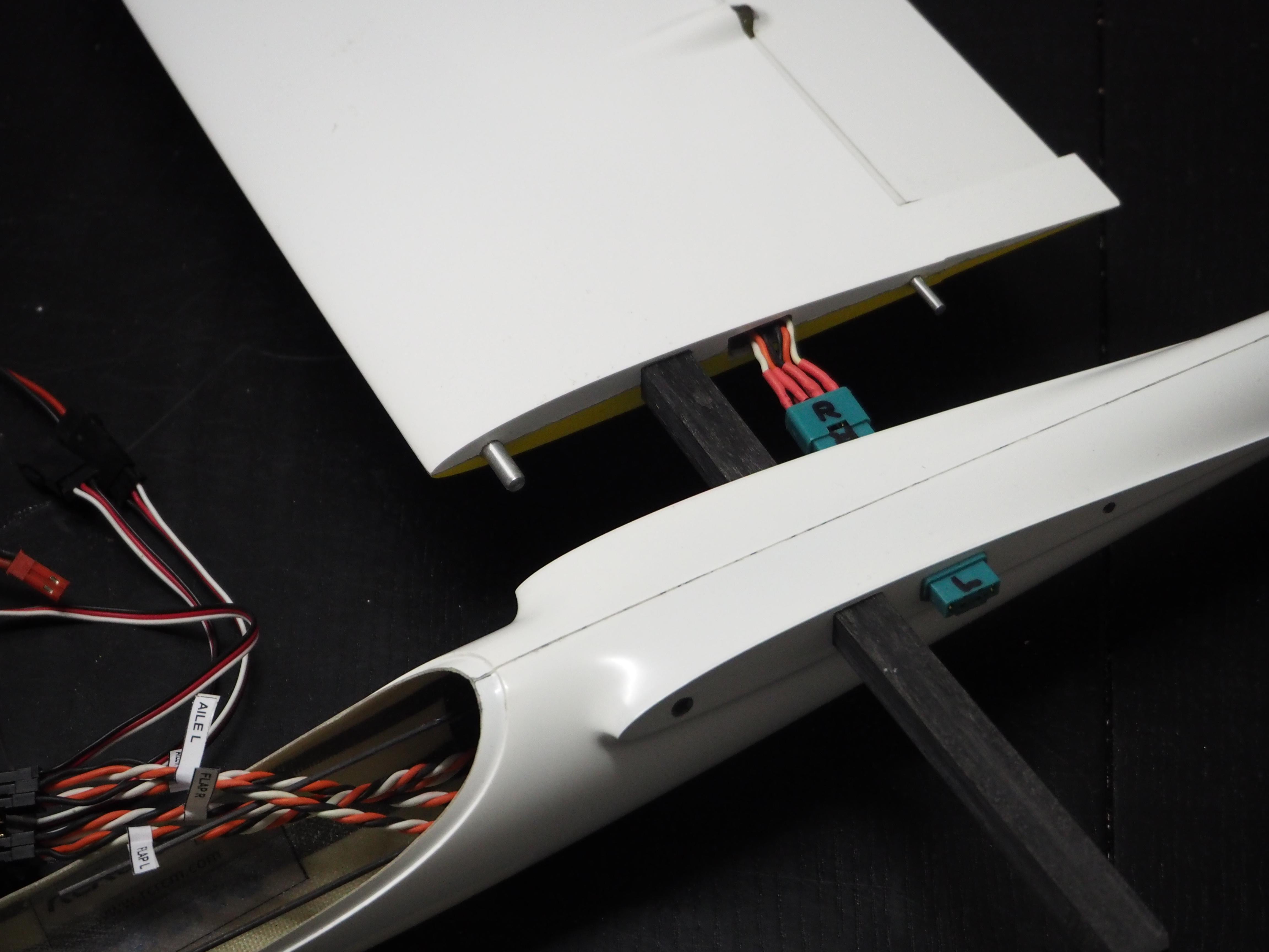 rcrcm sunbird baubericht fl gel flying tom 39 s blog. Black Bedroom Furniture Sets. Home Design Ideas