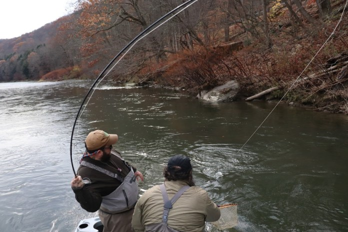 Fly fishing bent rod