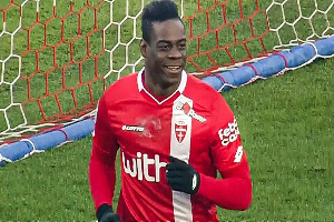 I will enter the pitch with my car if AC Monza book Serie A qualification - Mario Balotelli