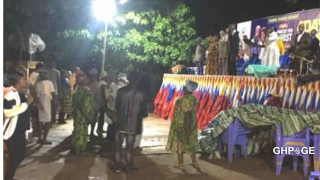 Pastor reportedly pays a native doctor to hold rain during a crusade