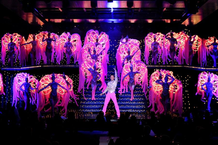 Paris Show do Moulin Rouge portugus para brasileiros