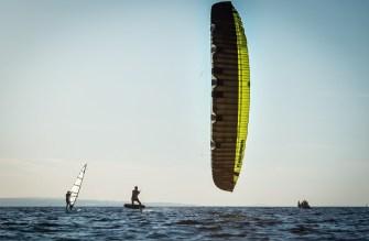 kitesurfen am bodensee, rider: fly fisch mit 18m flysurfer sonic 2 und moses hydrofoil