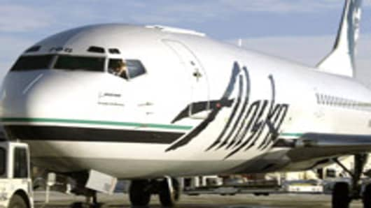 Alaska Air To Charge Bag Fee To Some First Class Flyers
