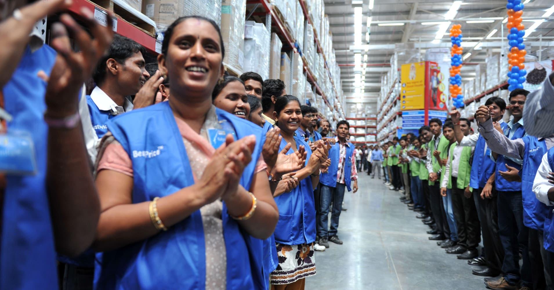 Walmart Suspends India Employees