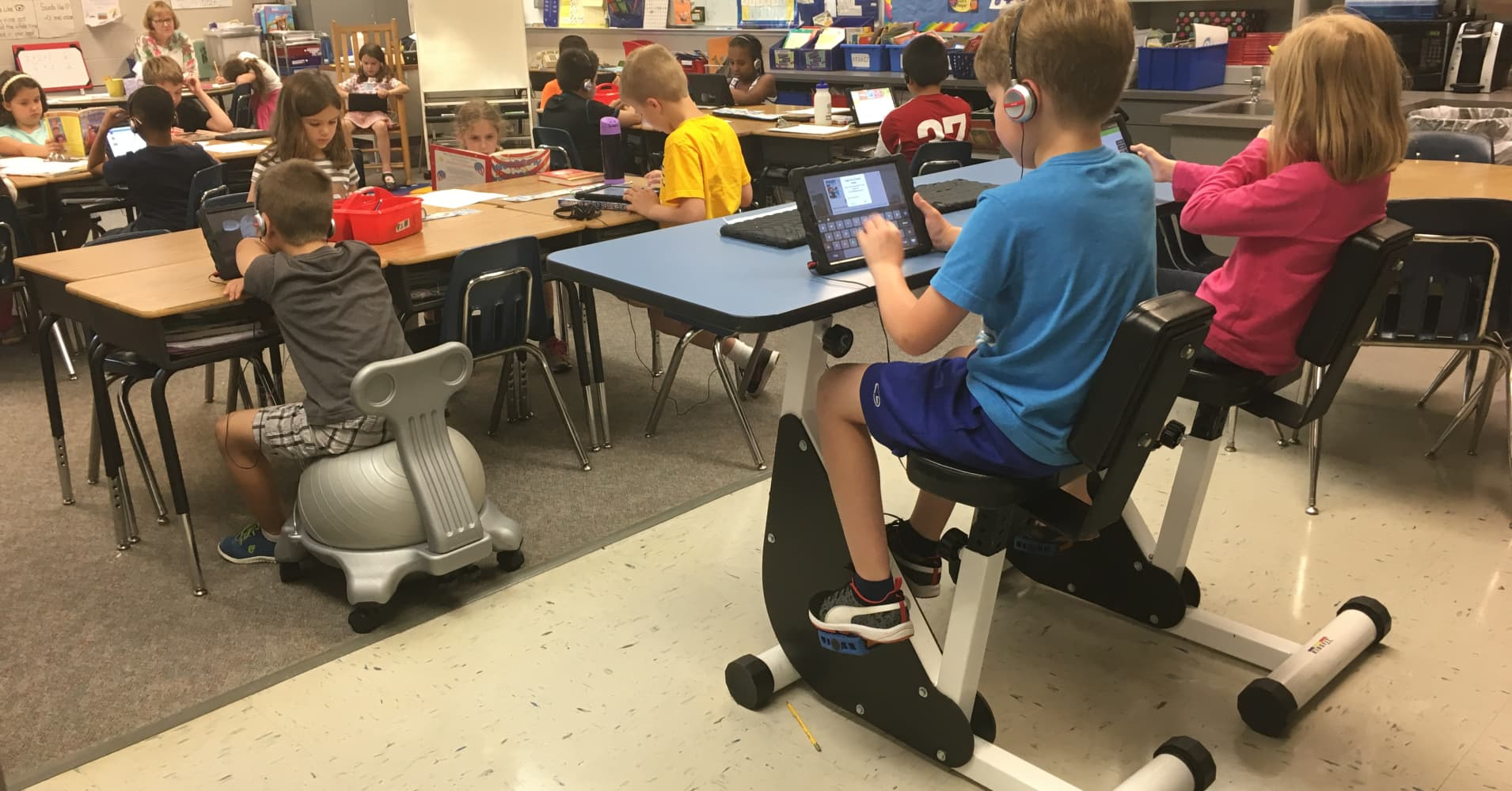 Fit Classrooms Exercise Moves From Gym To Desk