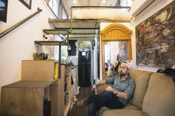 Tiny Houses Grow In Popularity Yet Drawbacks Abound