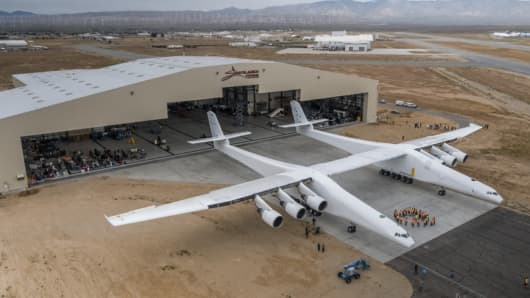 For the first time ever, the Stratolaunch aircraft moved out of the hangar to conduct aircraft fueling tests.