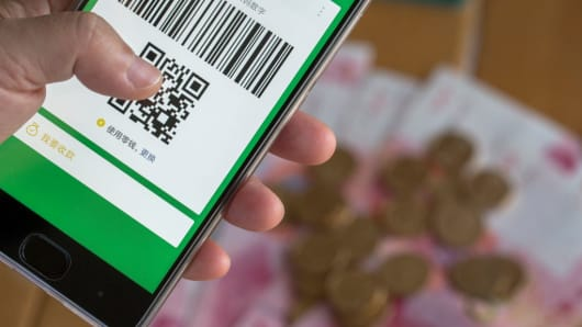 An image of WeChat Pay in action.